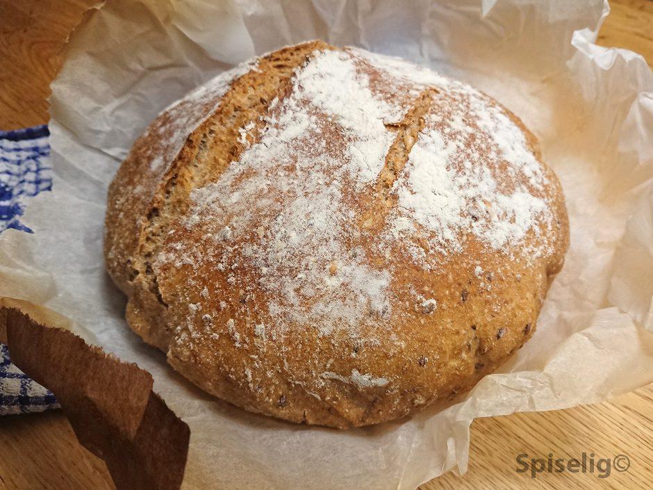 Eltefritt grytebrød med spelt og rug.